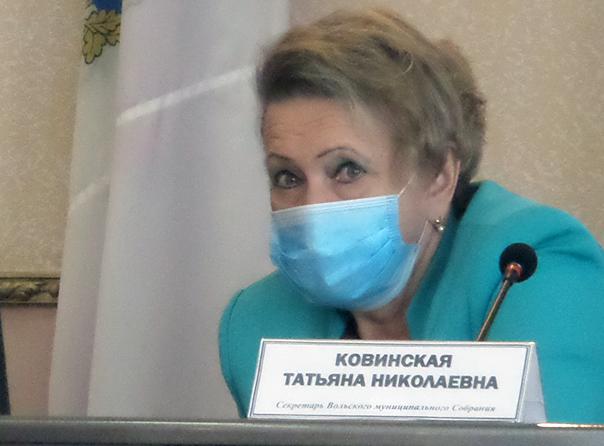 В Вольске Саратовской области лидер «Единой России» не поняла воздержания чиновника